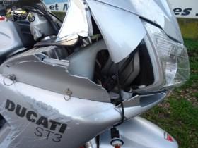 Ducati ST3 1000 2007 - Moto Ducati accidentées ( épaves ) !