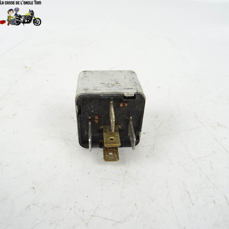Relais divers Piaggio 125 MP3 2006 -  Cassetom - Nos pièces motos