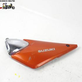 Cache latéral gauche Suzuki...