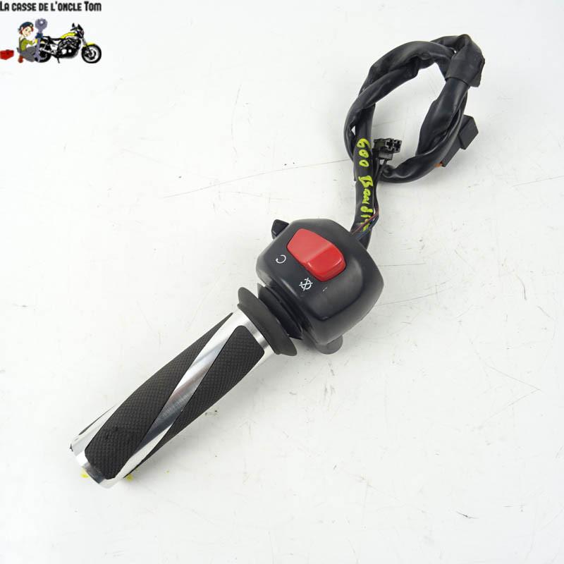 Commodo Droit + poignée de gaz Suzuki 600 BANDIT 2002 -  Cassetom - Nos pièces motos