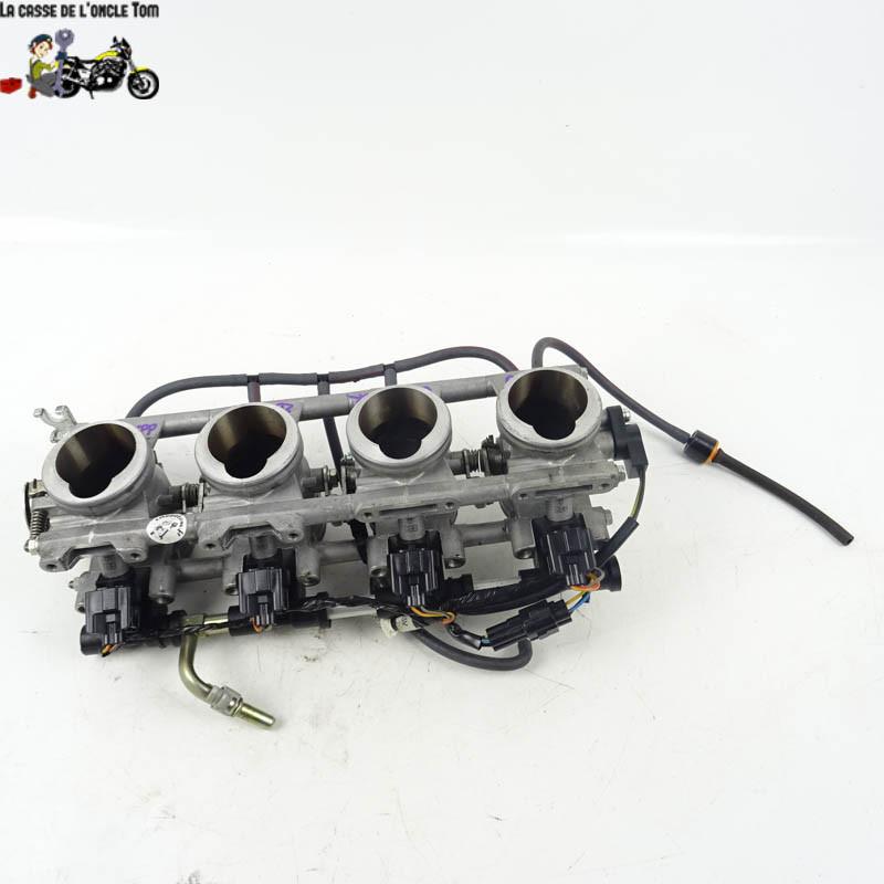 Rampe d'injection Suzuki 1300 GSX-R 2007 -  Cassetom - Nos pièces motos