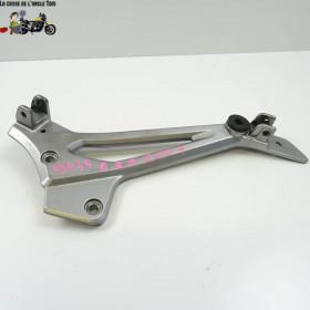 Platine droite Kawasaki 500...