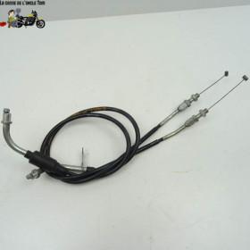 Cable d'accélerateur...
