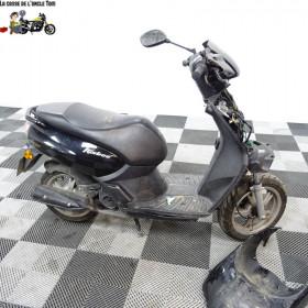 Peugeot 50 KISBEE 50 de  2016