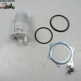 Pompe à essence Honda 1000...