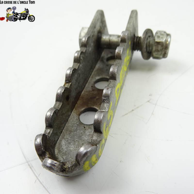 Repose pied arrière droit Derbi 50 SM 2011 -  Cassetom - Nos pièces motos