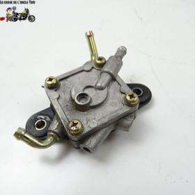Pompe à essence Suzuki 650...